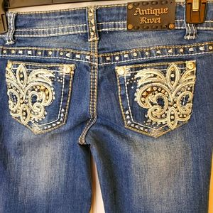 Antique Rivet embellished jeans size 25
